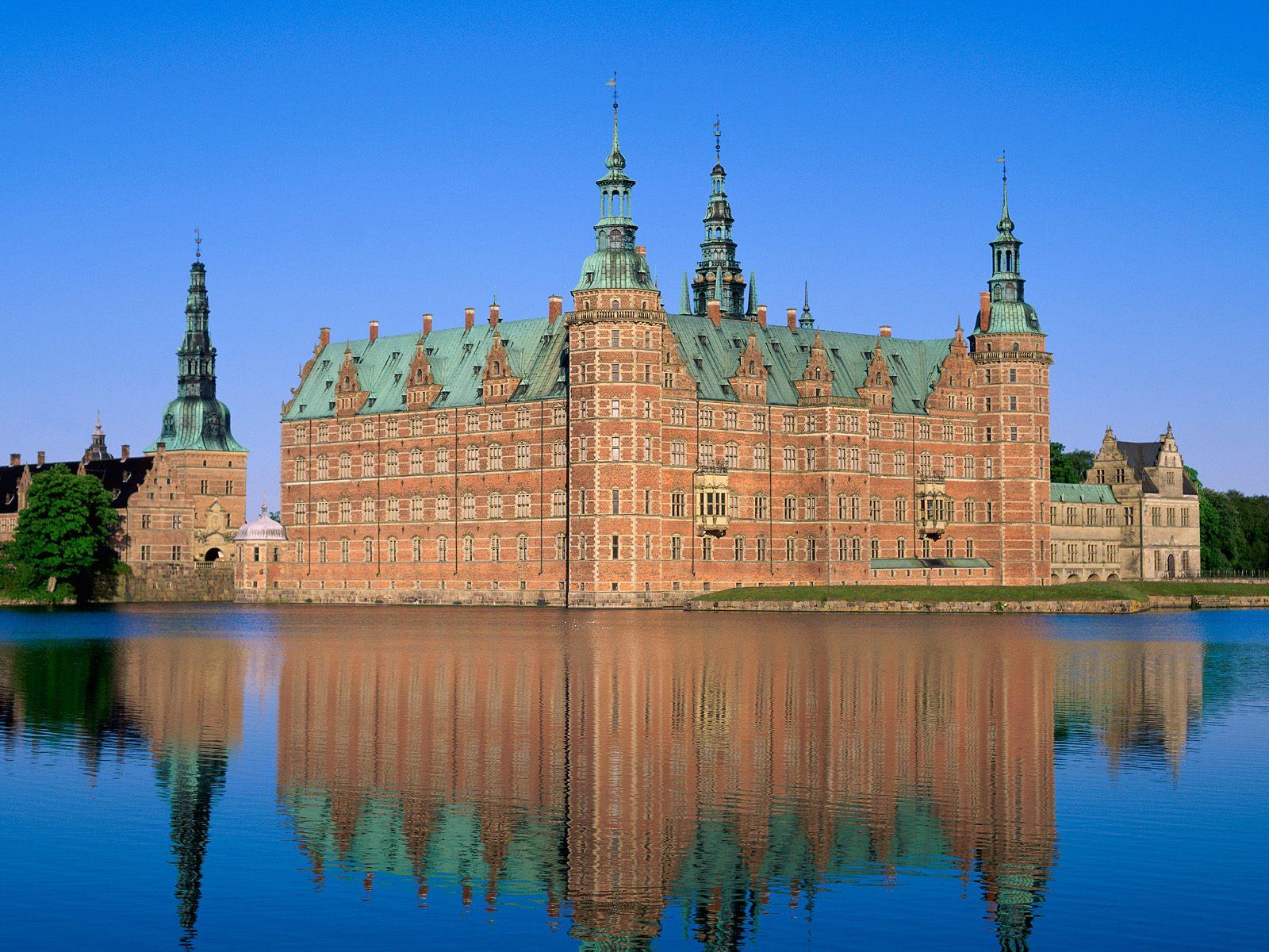 Frederiksborg slot denmark