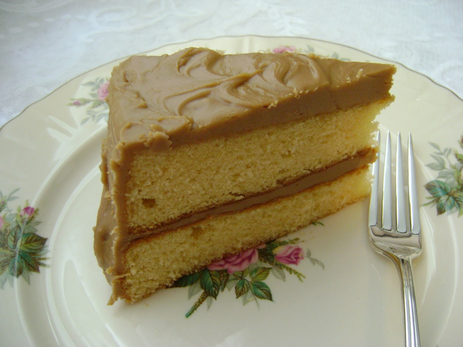A Sunflower Life: Old Fashioned Caramel Cake for #SundaySupper