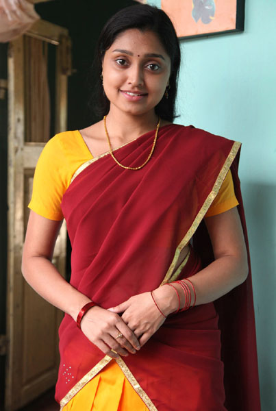 ela cheppanu (kozhi-koovuthu) movie heroine sreeja roj photos7