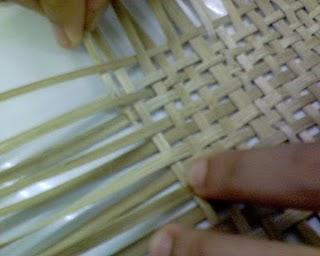 anyaman riau pengolahan bambu untuk anyaman adlah denga menebag pohon ...