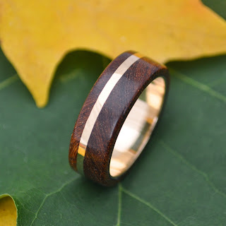 14k gold Solsticio Nacascolo Wood Ring, handmade ecofriendly wood rings by Naturaleza Organic Jewelry