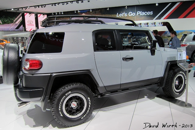 jeep FJ Cruiser, jeep dealer, jeep automotive dealer, 2014 vehicle, 2013