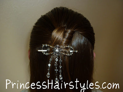 fancy half ponytail hairstyle