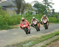 motogp   jalan raya