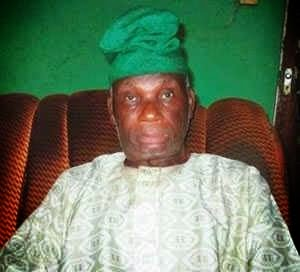 Designer of Nigerian Flag Mr Taiwo Akinkunmi Gets Paid by President Goodluck Jonathan