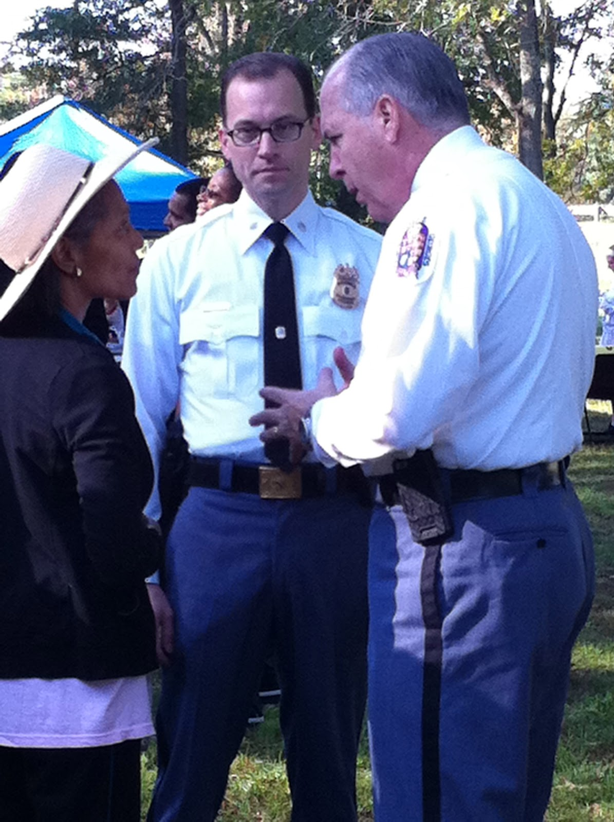 Pgpd news october 2011 chief magaw and colonel stawinski speak with a participant of the event 1betcityfo Images