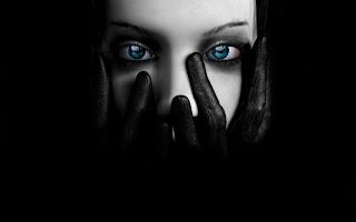 Blue Eyes 3D Wallpaper
