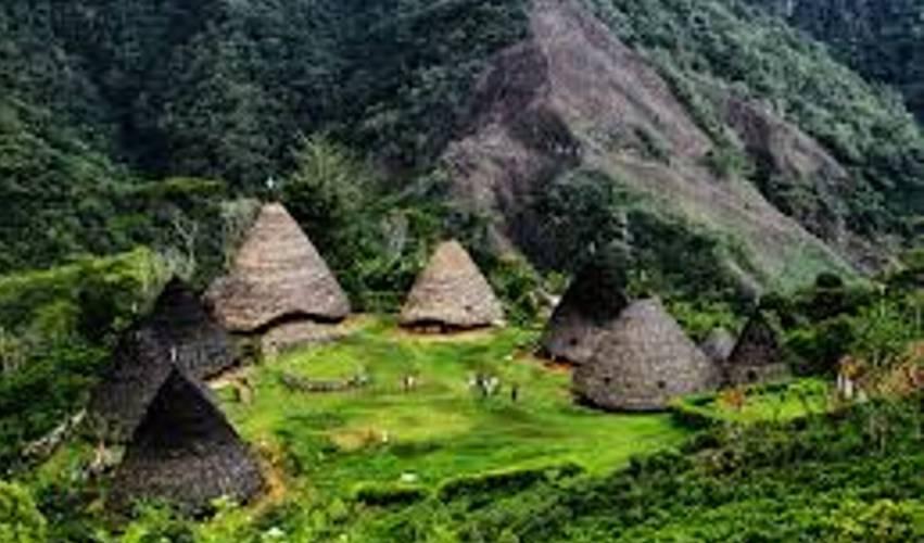 Rasakan Sensasi Gaya Hidup 100 Tahun Silam di Wae Rebo