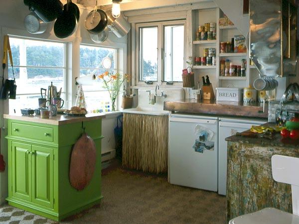 New home interior design small kitchens for Unique small kitchens