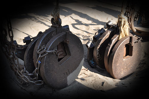 Homemade gym stuff ukraine 39 s venice beach booshki for Gimnasio casero