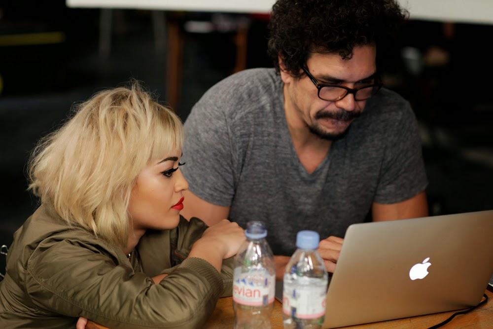 Nuevo photoshoot & Fotos BTS de Rita Ora para Campaña Rimel London