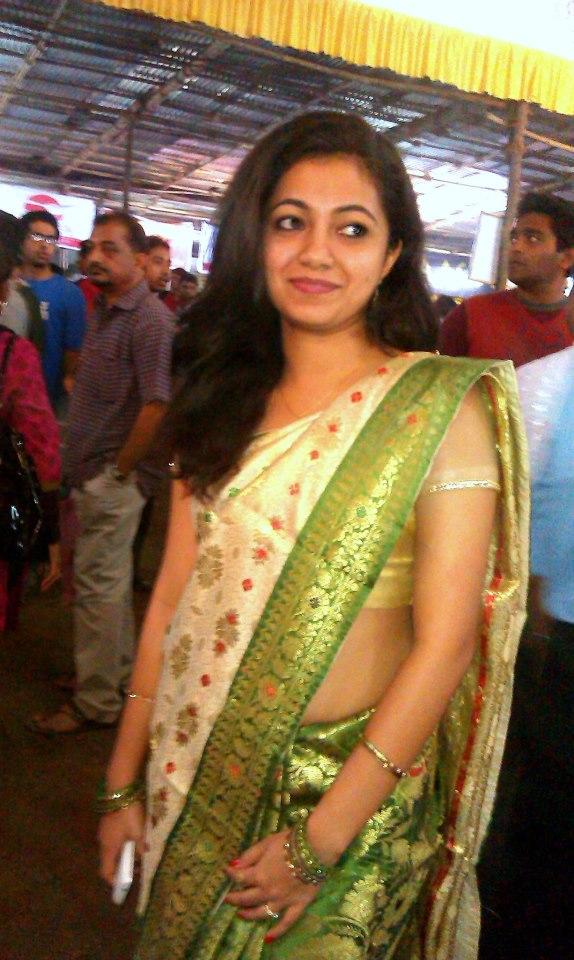 latest aunties saree removing photos latest indian aunties saree
