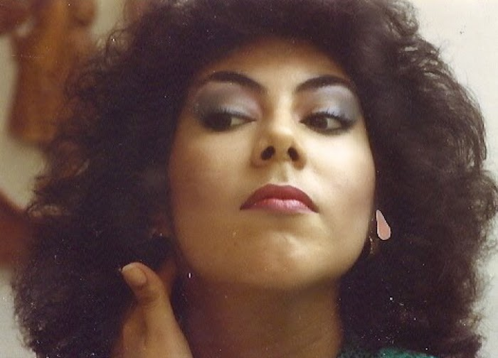 cynthia uriegas, moms, mother's day, 80's glamour, glamour, eye shadow, big hair