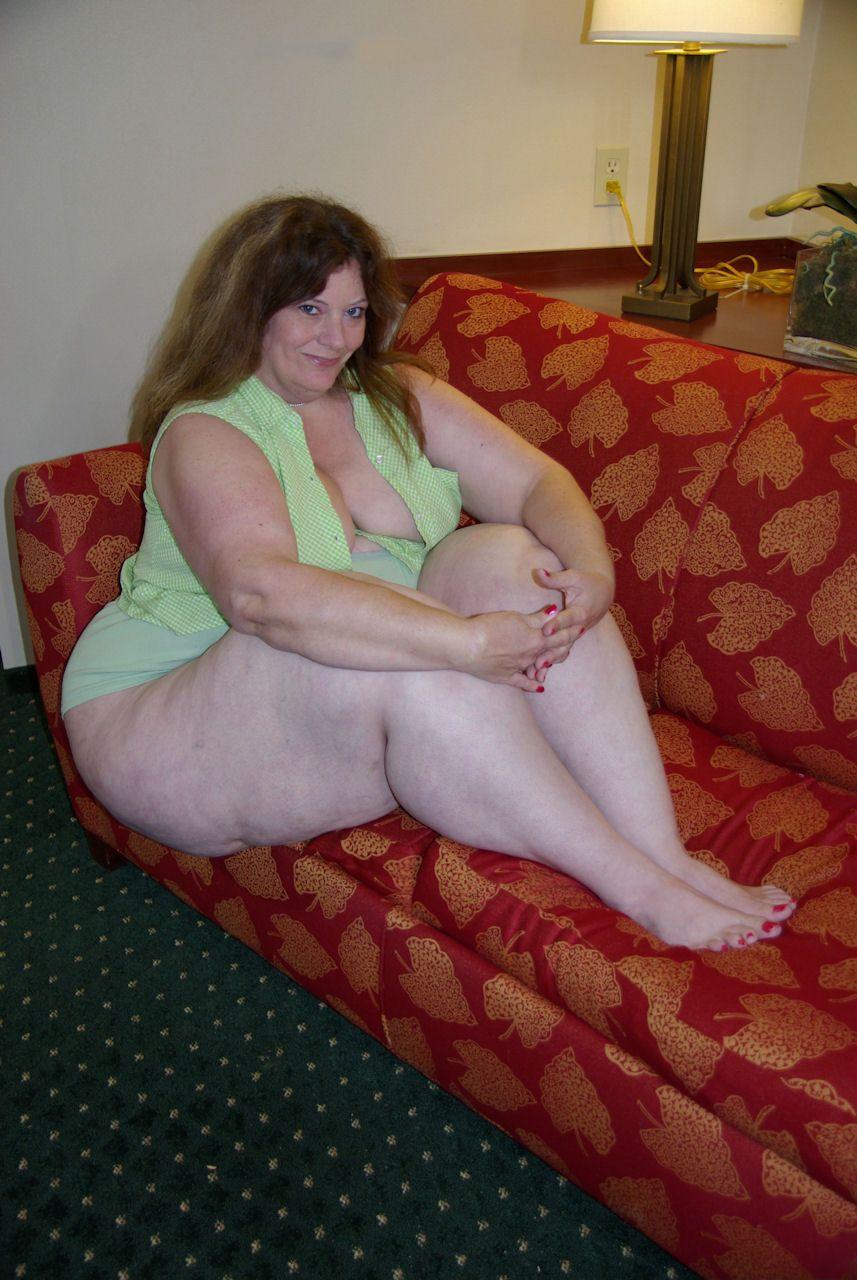 Elise erotic nude