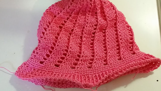 Little girls cloche hat