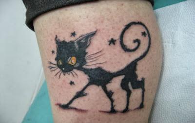 Tatuagens Femininas de Gato Preto