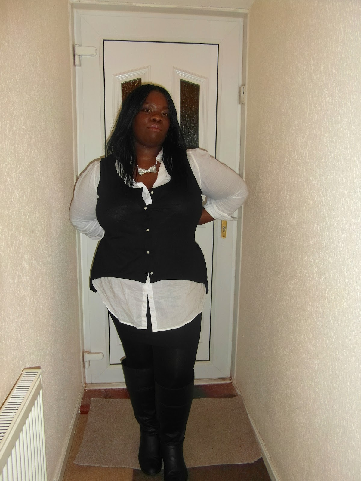 fat girl diaries: woman in black.and white ootd