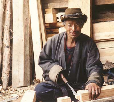tukang kayu