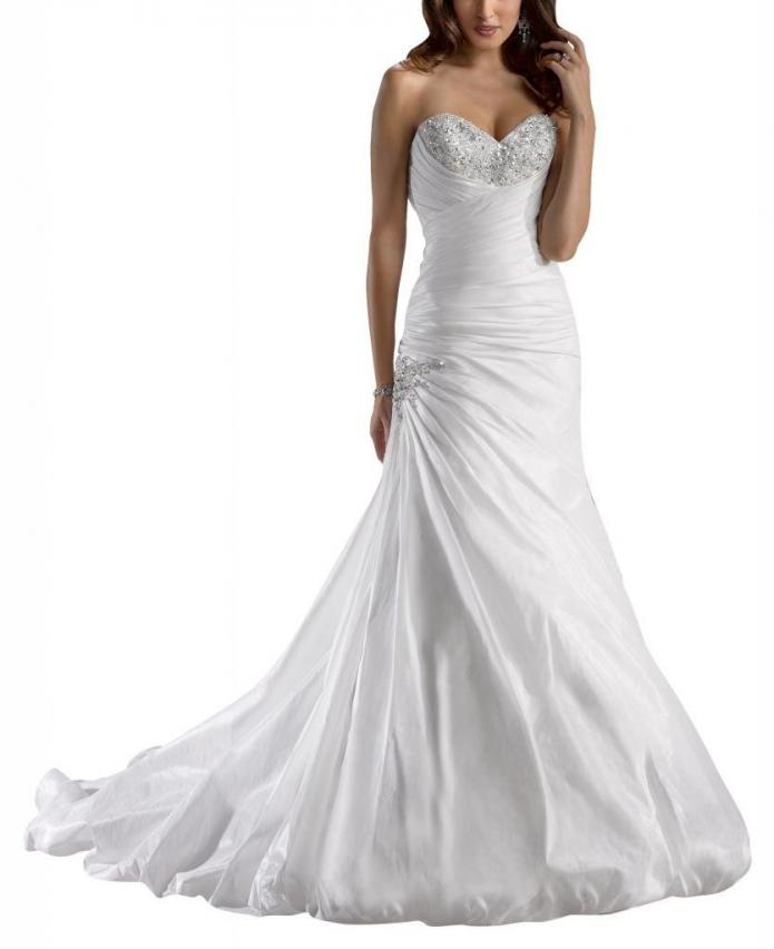 Bijoux events how to find the perfect wedding dress for Wedding dress heart shaped neckline