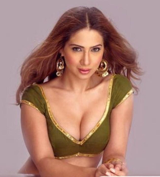 Kim Sharma - Wallpaper Actress