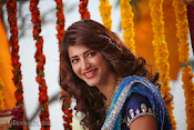 Shruti Haasan Stills from Balupu Movie-thumbnail-4