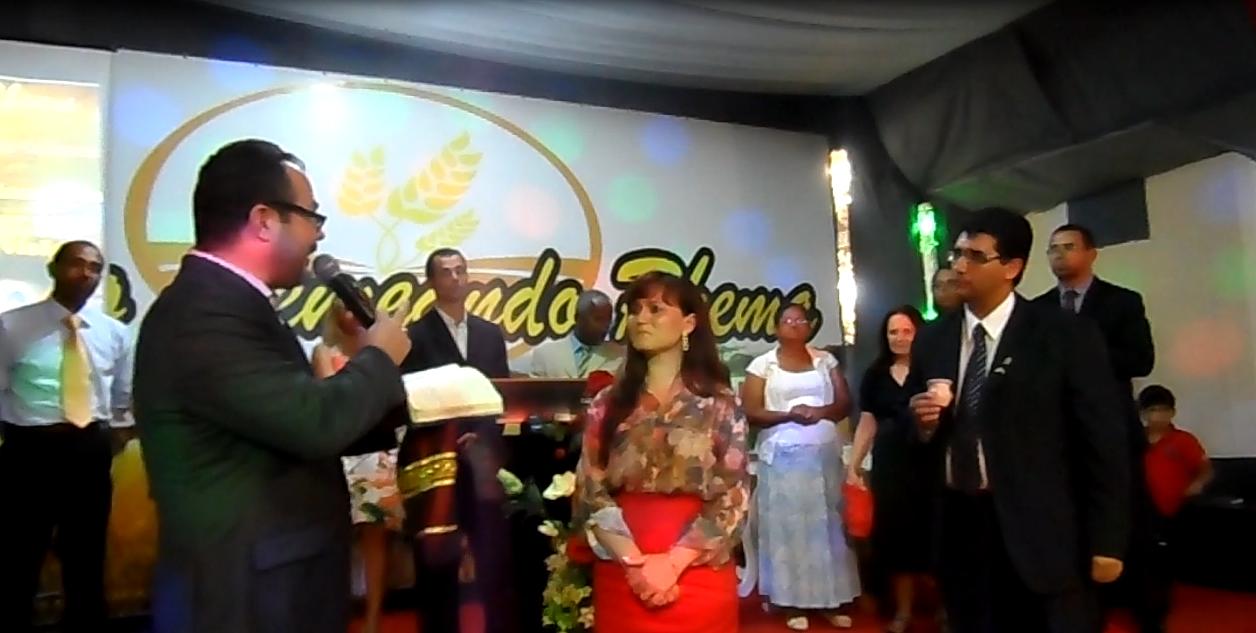 10/11/13 - Preletor Ap. Paulo Macêdo (Min. Gileade) e Ordenação da Pra. Josiane Santana ao Bispado