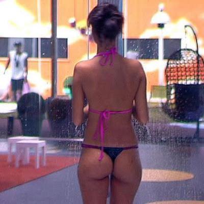 Fotos da Petra Spinola em bikini