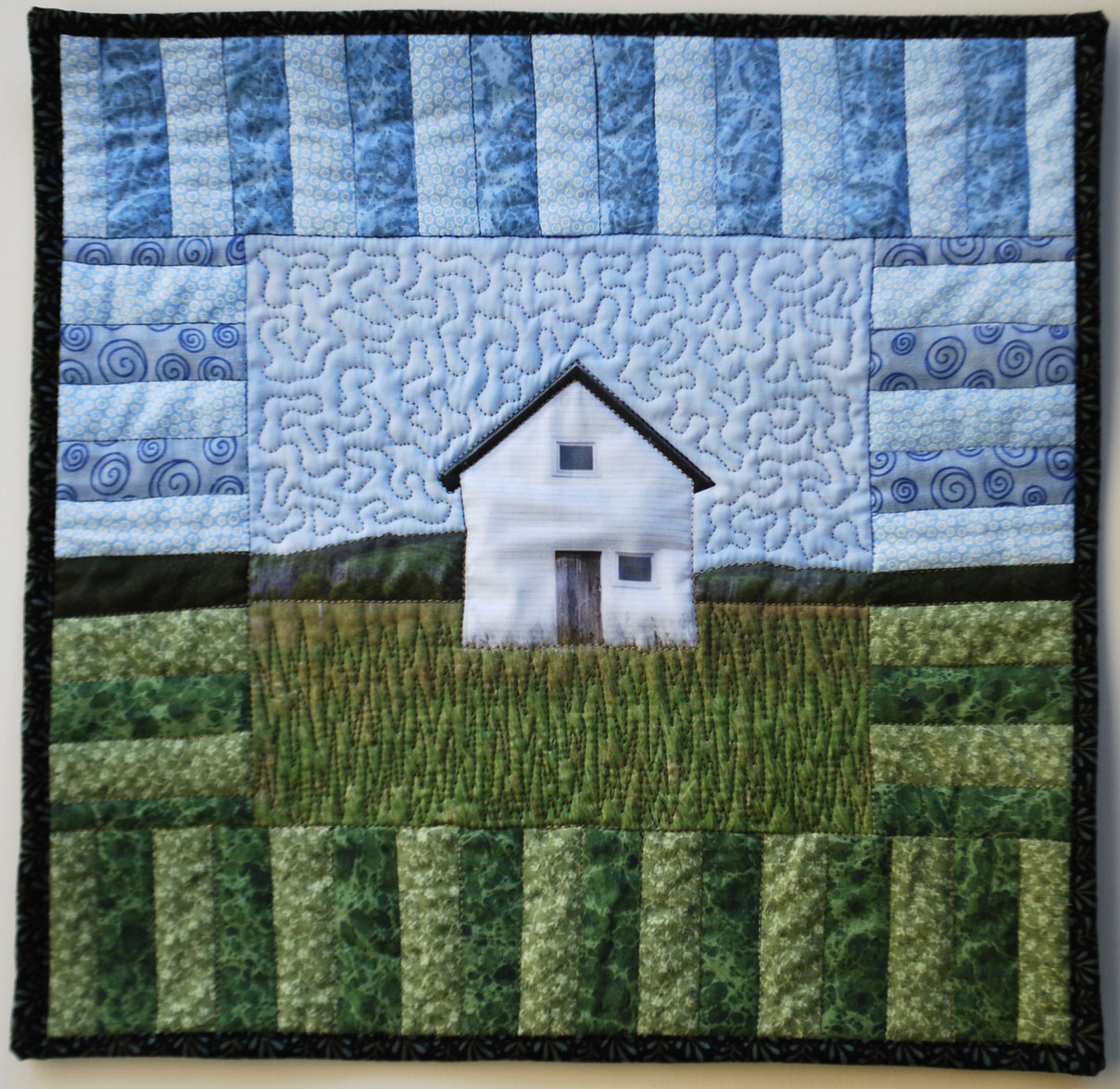 Gen obata arts old house quilt for Classic house blogspot