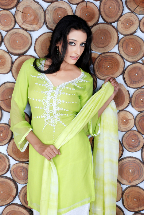 Best Fashion Pakistani Dresses Collection 2012