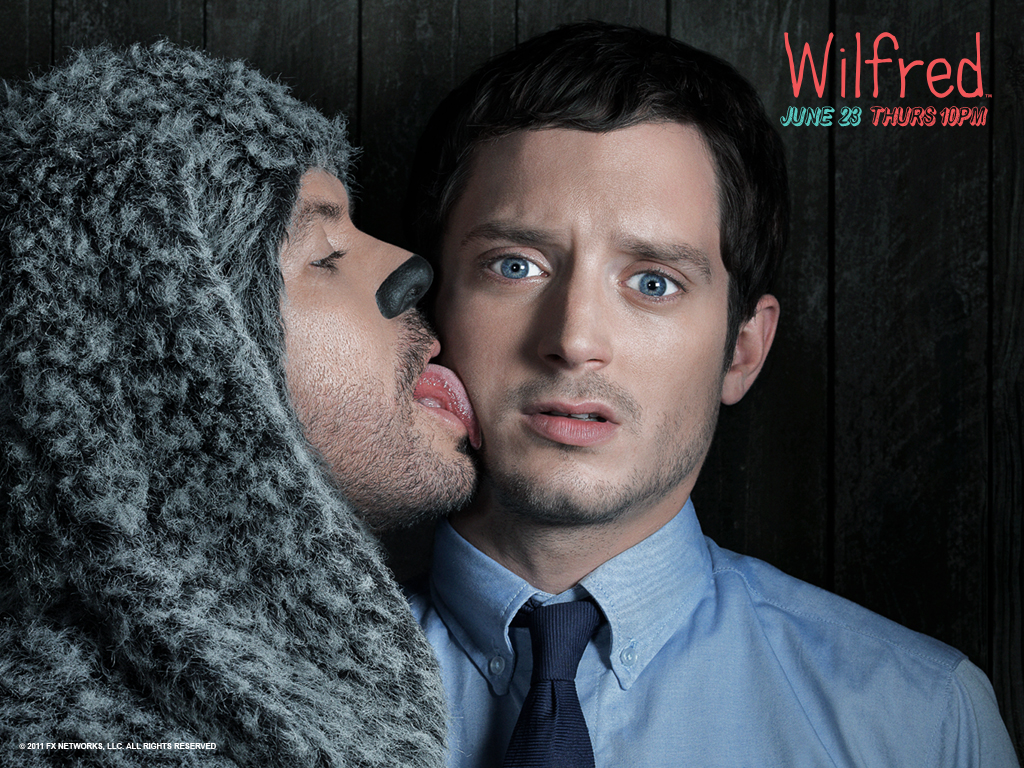 http://1.bp.blogspot.com/-Fqd7ZSJyULU/TgVBDA1uxaI/AAAAAAAAAUE/urLDUkLDX6k/s1600/o-interview-elijah-wood-and-jason-gann-talk-about-wilfred-on-fx.jpg
