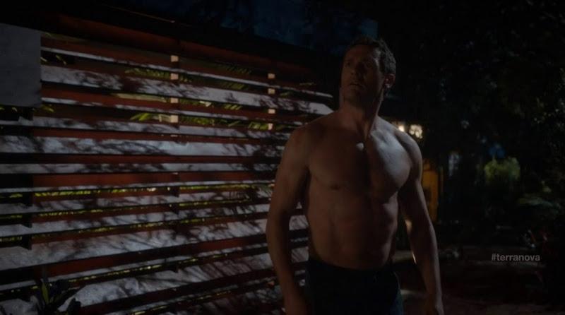 Jason O'Mara Shirtless in Terra Nova s1e03