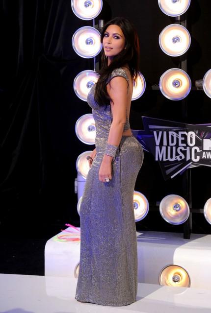 kim kardashian 2011 oscars
