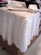 Saia para Cama Box Reciclagem Têxtil – Renda de algodão emendada uma a uma, .