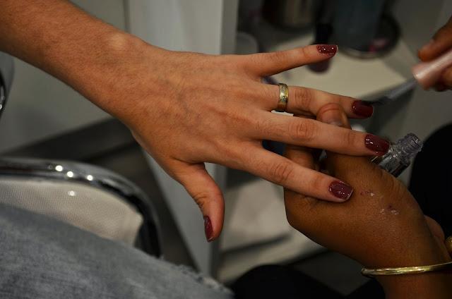 Bióloga de Salto, Swarovski Natal, Nails