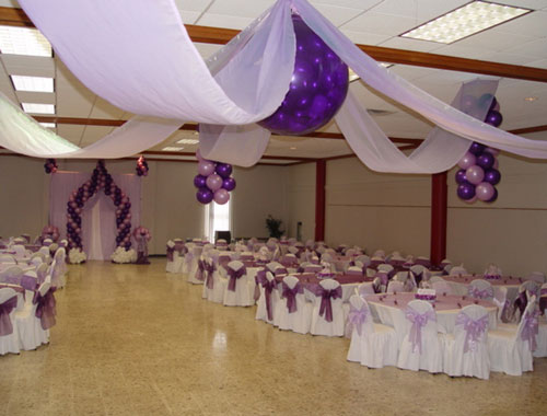 Creaciones decoraciones mr quince a os for Arreglos de salon para quince anos