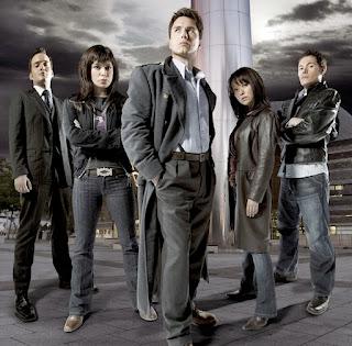 Membros da equipe Torchwood, na série homônima