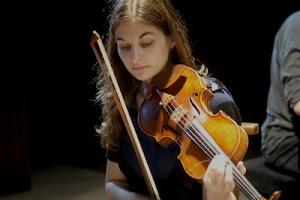 Alexandra Soumm