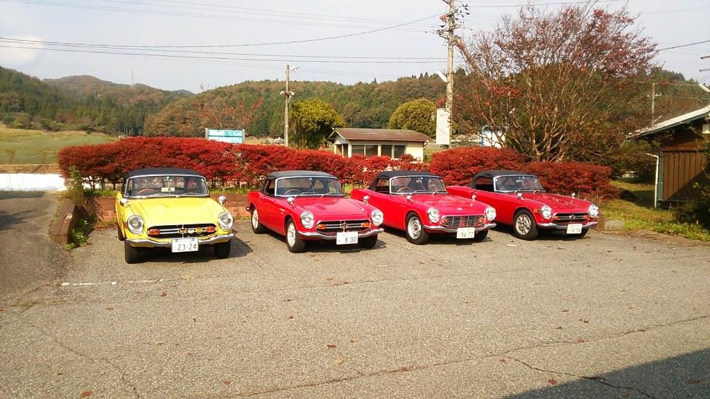 Honda S600, S800, japoński roadster, kultowy, stary, dawny, klasyk, oldschool, nostalgic, retro, samochód, auto, JDM, wysokoobrotowy silnik, napęd na tył, RWD, bez dachu, cabrio, soft-top