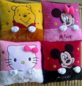BANTAL KOTAK KARAKTER DISNEY (READY MINNIE MOUSE)