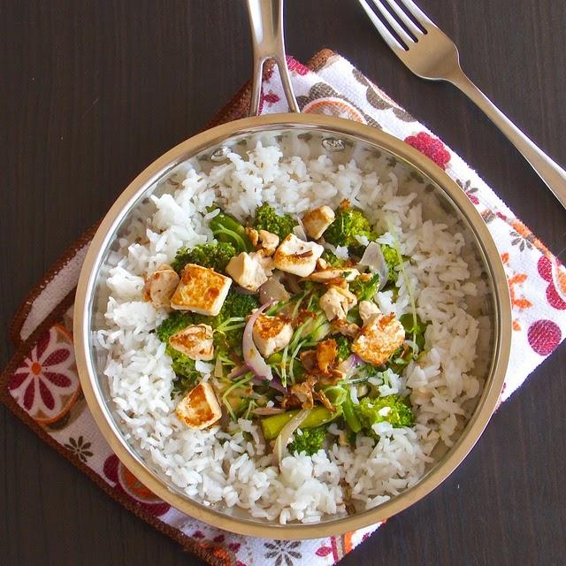 THE MAGIC SAUCEPAN: Green salad with Hummus and Lime dressing