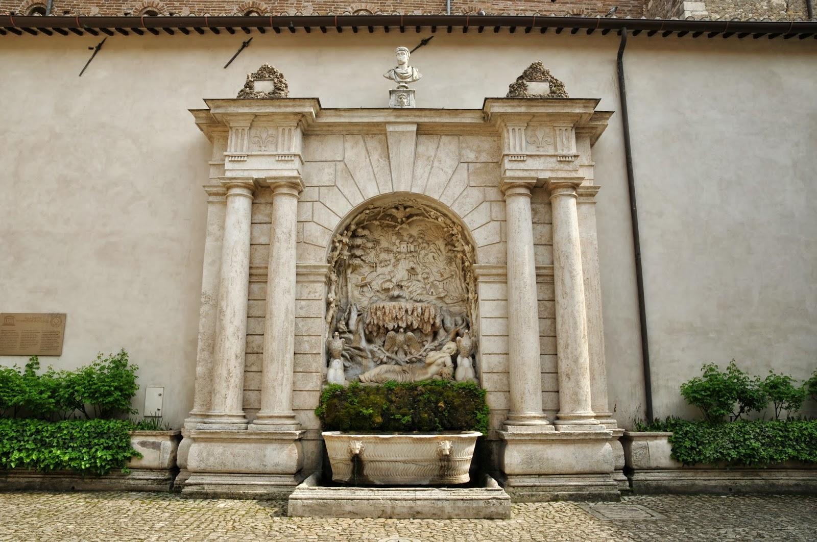 Villa d 39 este a tivoli visita ad una delle meraviglie del for Piani di coperta del cortile
