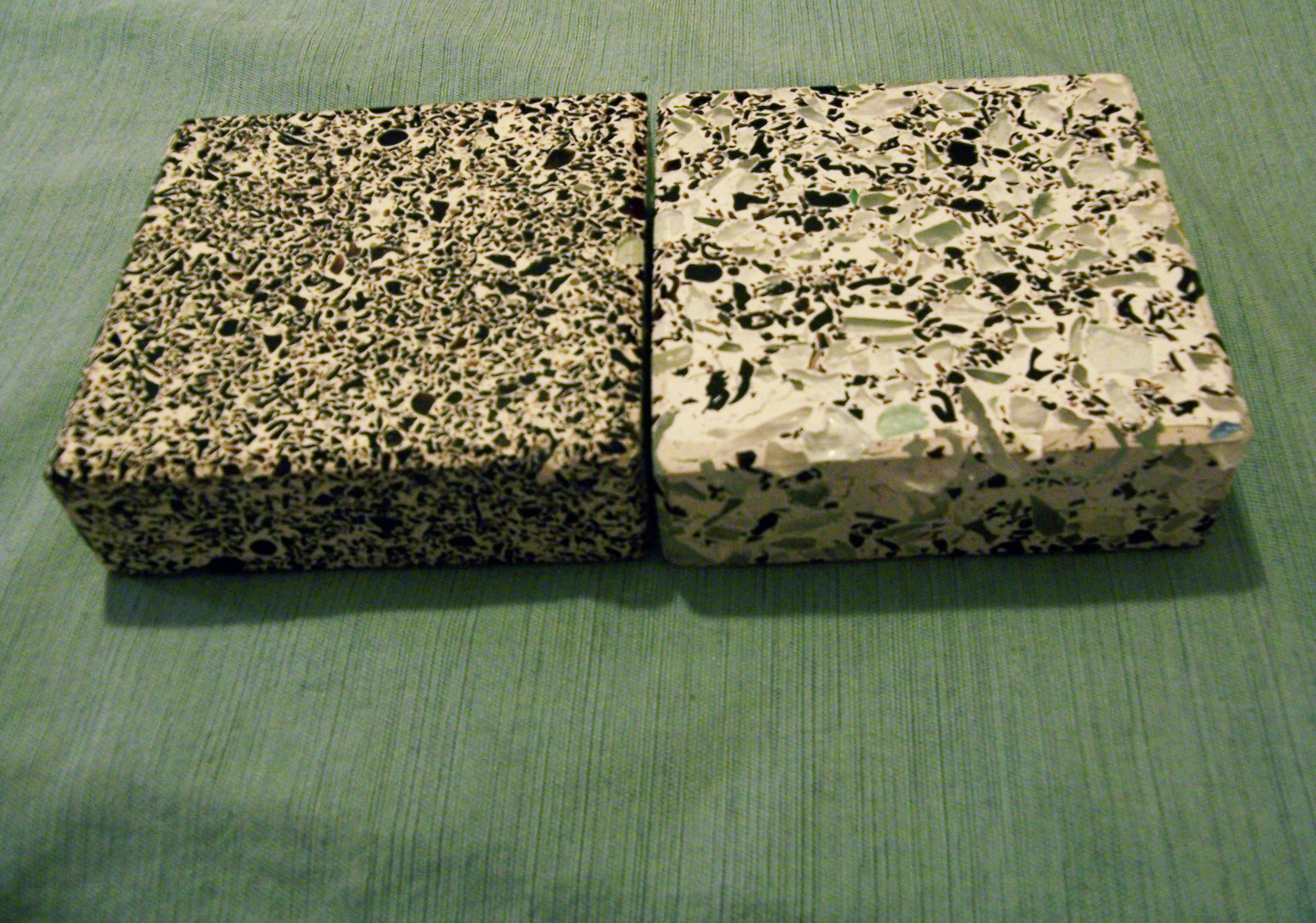 ECOhoma!: Recycled Glass Countertops