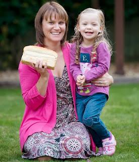 luar negara, mengandung, makan roti, Mengandung selepas berhenti makan roti, IVF, Julie Cummings, Bromsgrove, Worcestershire, persenyawaan tabung uji, Candida Albicans, yis