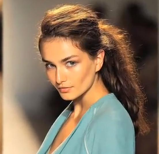 Hairstyle And Fashion How To Do A Messy Ponytail Hairstyle