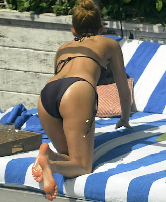 Nicole Richie barefeet beech hollywood girl