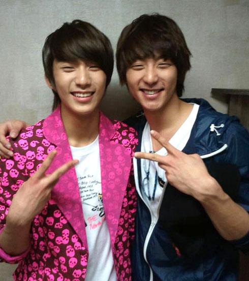 http://1.bp.blogspot.com/-FsGju_zE_Z4/TdXzvQNwm8I/AAAAAAAAVLc/D32yRQ3A_58/s1600/gongchan_hyunwoo.jpg