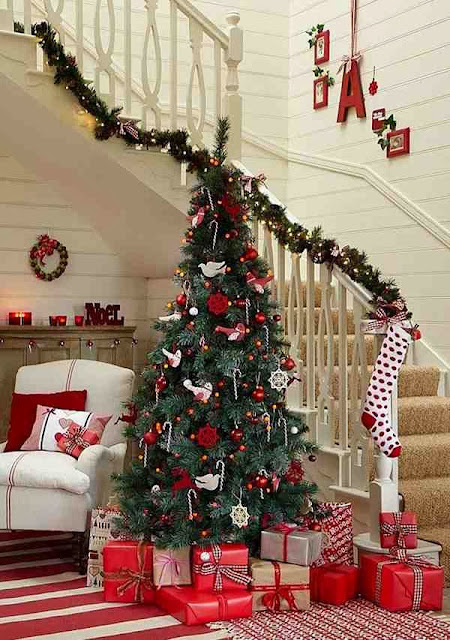 Jak udekorować świątecznie dom?