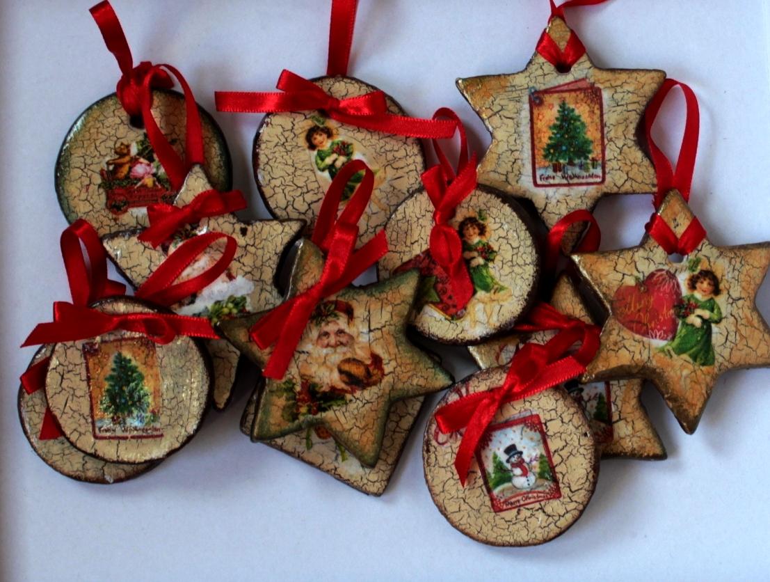 Dekoracje Ewy: ozdoby świąteczne decoupage, spękania
