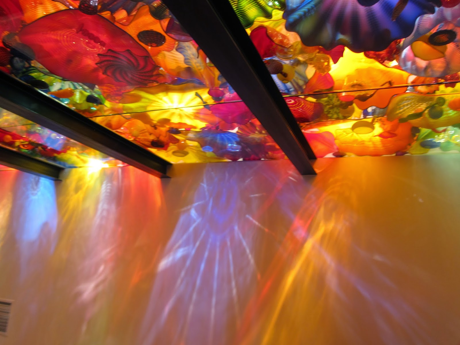 Inside the Chihuly Museum