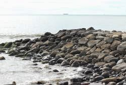 Pemecah Gelombang Sambung Pantai (PGSP)
